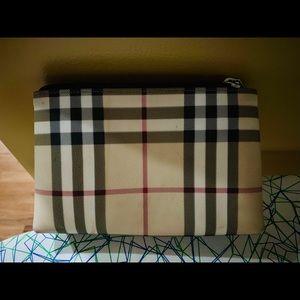 Burberry Nova Check cosmetic case - used